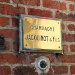 Champagne Jacquinot Doorbell in Epernay