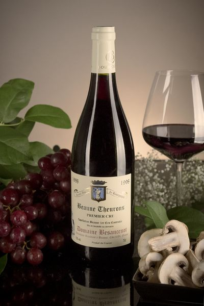 French Red Burgundy Wine, Domaine Besancenot 1998 Beaune Premier Cru Theurons