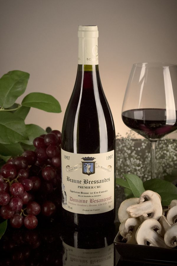 French Red Burgundy Wine, Domaine Besancenot 1997 Beaune Premier Cru Bressandes