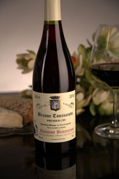 French Red Burgundy Wine, Domaine Besancenot 2010 Beaune Premier Cru Toussaints