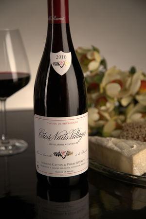 French Red Burgundy Wine, Domaine Gaston & Pierre Ravaut 2010 Côte de Nuits Villages
