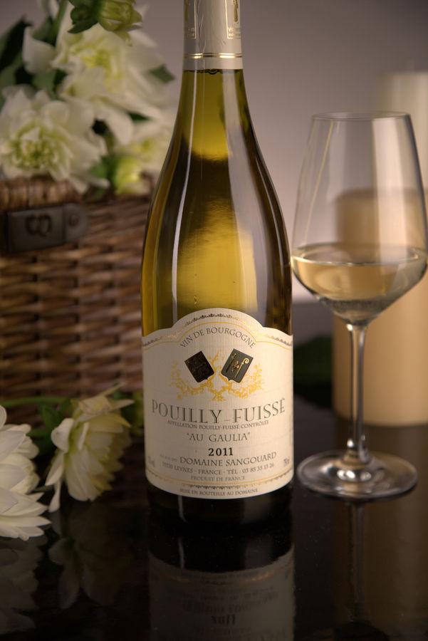 French White Burgundy Wine, Domaine Sangouard 2011 Pouilly-Fuissé Au Gaulia